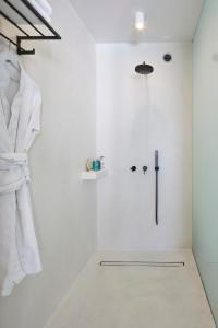 Alti Santorini Suites, Villas  Megalokhori - big - 100