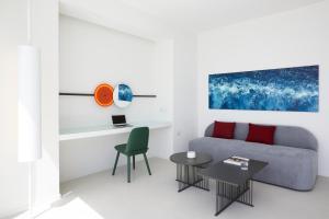Alti Santorini Suites, Villas  Megalokhori - big - 110