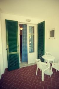 Hotel Eura, Отели  Марина-ди-Масса - big - 24