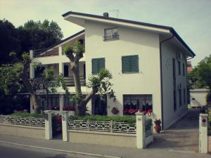 Hotel Eura, Отели  Марина-ди-Масса - big - 82