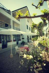Hotel Eura, Отели  Марина-ди-Масса - big - 41