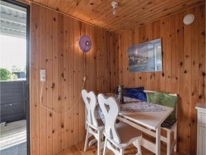 Three-Bedroom Holiday Home in Juelsminde, Dovolenkové domy  Sønderby - big - 5