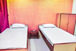 Apartment room in Salt Lake, Kolkata, by GuestHouser 13797, Apartments  Kolkata - big - 2