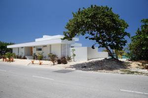 Villa Esprit (House)