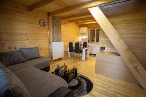 Eco Cottages Mir, Chalets  Zlatibor - big - 54