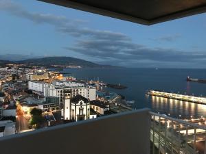 Apartamentos Solmar 15º, Apartmanok  Ponta Delgada - big - 44