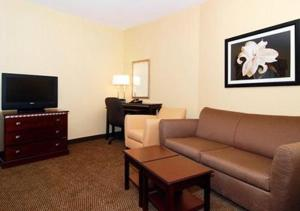Comfort Suites Southington - Cheshire, Hotel  Southington - big - 4