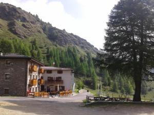 Albergo Passo Mortirolo - AbcAlberghi.com