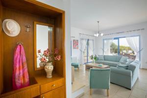 Villa Thalassa, Vily  Coral Bay - big - 3