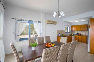 Villa Thalassa, Vily  Coral Bay - big - 19