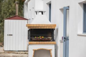 Villa Thalassa, Vily  Coral Bay - big - 24