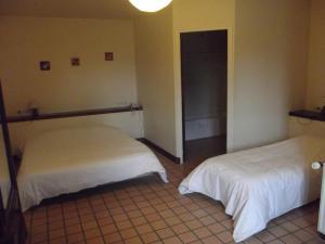 La Ferme de Mondésir, Hotely  Guillerval - big - 7
