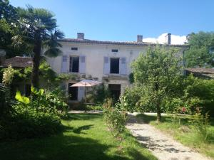 Domaine de Puytirel