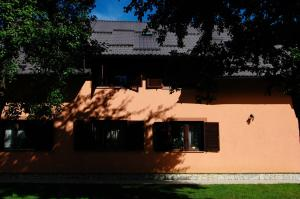 Rooms Family Glumac, Гостевые дома  Езерца - big - 98
