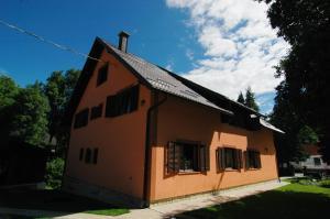 Rooms Family Glumac, Гостевые дома  Езерца - big - 107