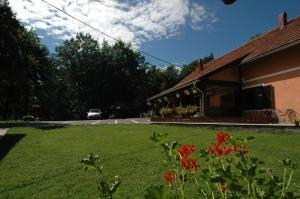 Rooms Family Glumac, Гостевые дома  Езерца - big - 109