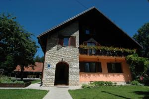 Rooms Family Glumac, Гостевые дома  Езерца - big - 63