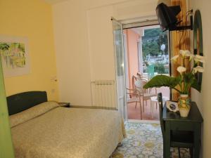 Hotel Terme La Pergola, Szállodák  Ischia - big - 13