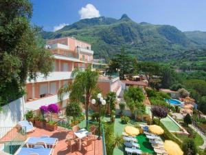 Hotel Terme La Pergola, Szállodák  Ischia - big - 36