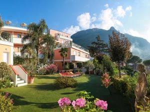 Hotel Terme La Pergola, Szállodák  Ischia - big - 47