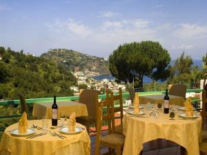 Hotel Terme La Pergola, Szállodák  Ischia - big - 18