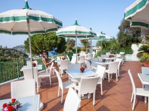 Hotel Terme La Pergola, Szállodák  Ischia - big - 26