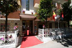 Hotel Emanuela - AbcAlberghi.com