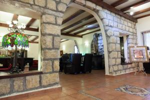 Beit Shalom Historical boutique Hotel, Отели  Метула - big - 63
