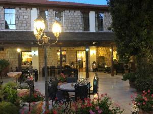 Beit Shalom Historical boutique Hotel, Отели  Метула - big - 36