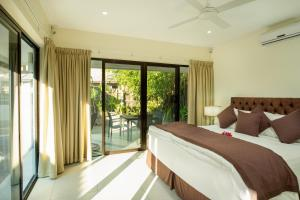 First Landing Beach Resort & Villas (1 of 103)