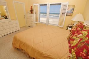 Sea Coast Gardens III 302, Dovolenkové domy  New Smyrna Beach - big - 8