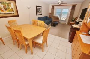 Sea Coast Gardens III 302, Dovolenkové domy  New Smyrna Beach - big - 11