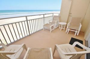 Sea Coast Gardens III 302, Dovolenkové domy  New Smyrna Beach - big - 12