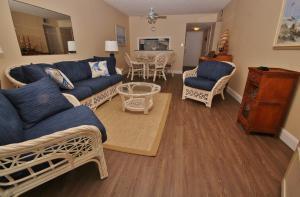 Sea Coast Gardens II 404, Prázdninové domy  New Smyrna Beach - big - 3