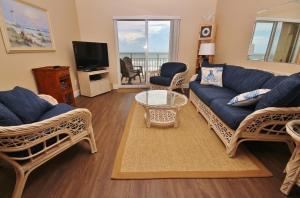 Sea Coast Gardens II 404, Prázdninové domy  New Smyrna Beach - big - 9