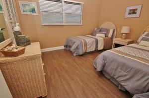 Sea Coast Gardens II 404, Prázdninové domy  New Smyrna Beach - big - 10