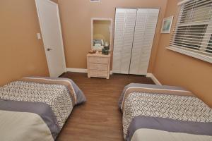 Sea Coast Gardens II 404, Prázdninové domy  New Smyrna Beach - big - 18