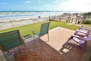 Sea Coast Gardens II 106, Holiday homes  New Smyrna Beach - big - 3