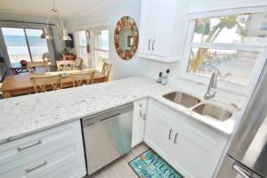 Sea Coast Gardens II 106, Holiday homes  New Smyrna Beach - big - 17