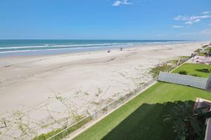 Sea Coast Gardens III 302, Dovolenkové domy  New Smyrna Beach - big - 17