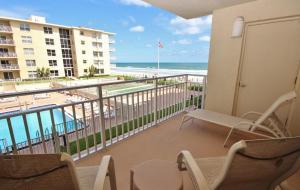 Sea Coast Gardens III 207, Dovolenkové domy  New Smyrna Beach - big - 1