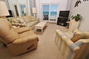 Sea Coast Gardens III 404, Dovolenkové domy  New Smyrna Beach - big - 4