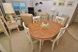 Sea Coast Gardens III 404, Dovolenkové domy  New Smyrna Beach - big - 5