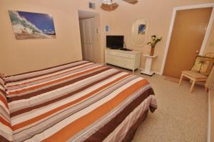 Sea Coast Gardens III 404, Dovolenkové domy  New Smyrna Beach - big - 23