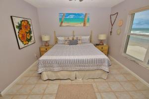 Sea Coast Gardens III 403, Дома для отпуска  Нью-Смирна-Бич - big - 3