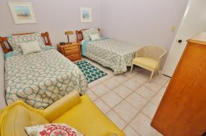 Sea Coast Gardens III 403, Prázdninové domy  New Smyrna Beach - big - 5