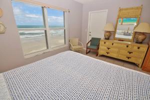 Sea Coast Gardens III 403, Prázdninové domy  New Smyrna Beach - big - 11