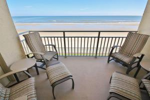 Sea Coast Gardens II 202, Holiday homes  New Smyrna Beach - big - 1