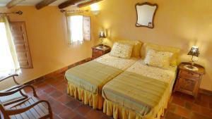 Casa rural El Pinche, Дома для отпуска  Espinoso del Rey - big - 14
