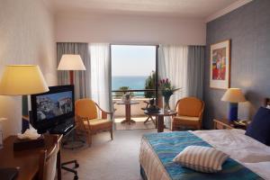 Coral Beach Hotel & Resort Cyprus, Курортные отели  Корал-Бэй - big - 17